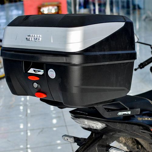 thùng sau xe máy Givi B32N